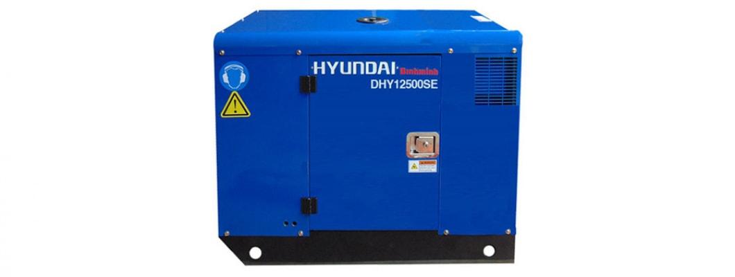Máy phát điện Hyundai đến với bà con vùng lũ
